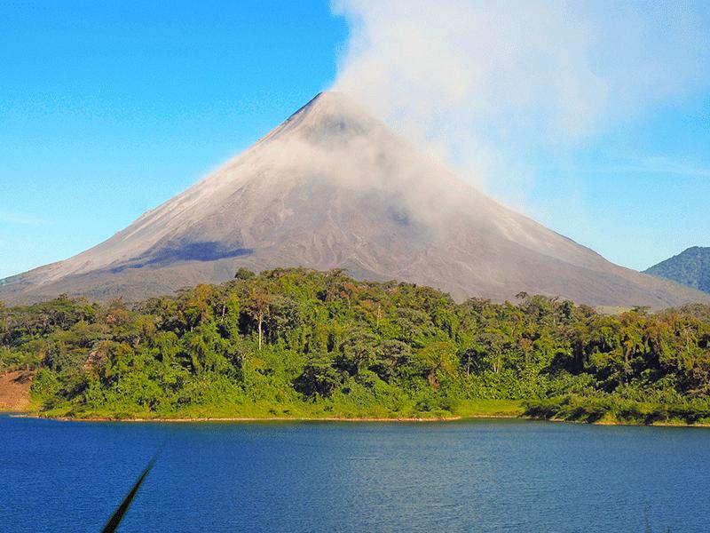 Vulkan in Costa Rica